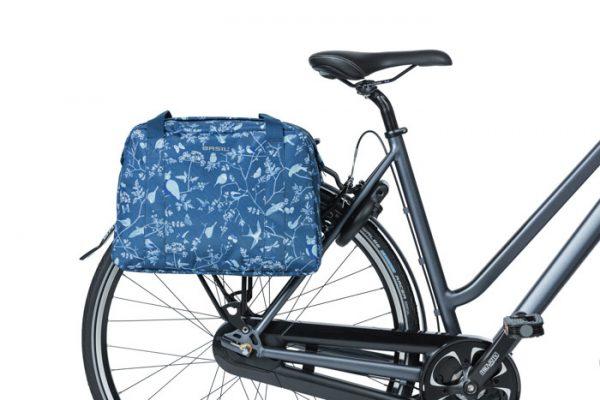 Basil Wanderlust fietsschoudertas